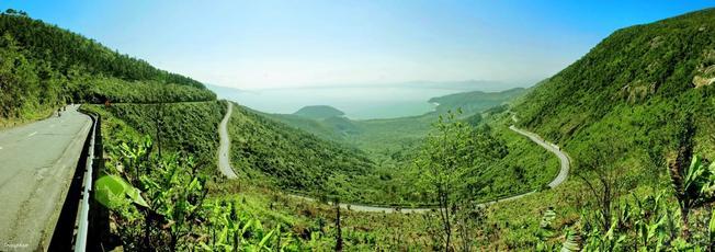 Mây giăng đỉnh đèo Hải Vân 02