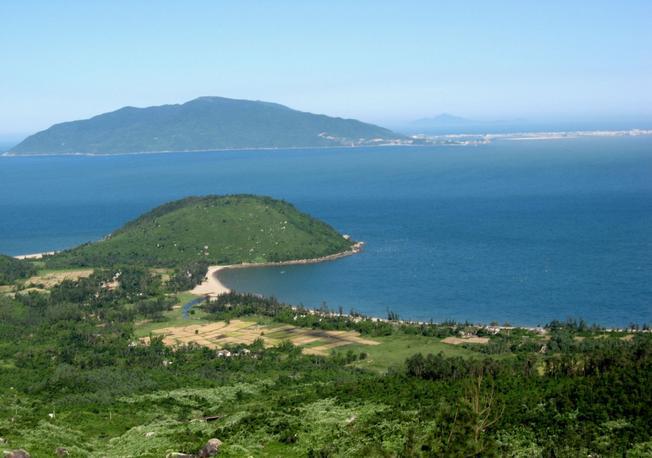 Mây giăng đỉnh đèo Hải Vân 05