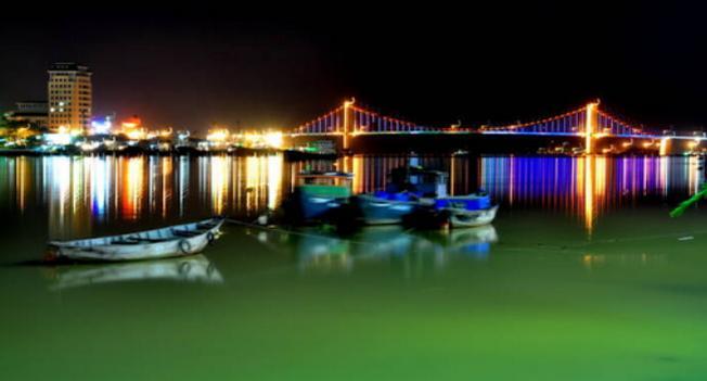 Cầu Thuận Phước dải lụa nối hai bờ sông Hàn