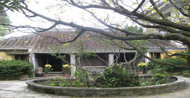 Nhà cổ Tích Thiện Đường