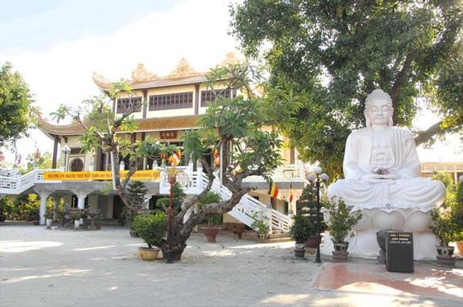 Toàn cảnh chùa Pháp Lâm uy nghi