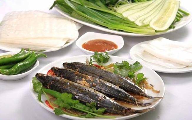 Cá nục cuốn bánh tráng – món ngon hấp dẫn của Đà Nẵng