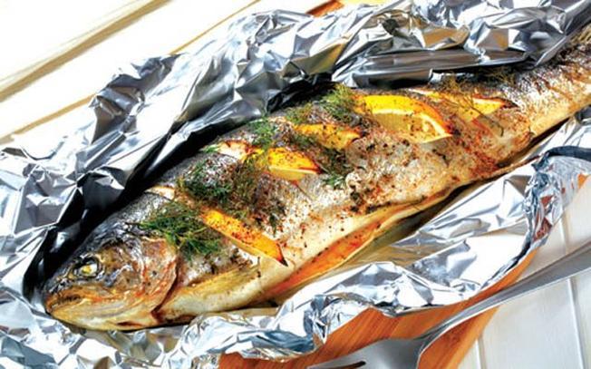 Hấp dẫn với món cá nục nướng giấy bạc đặc sản Đà Nẵng