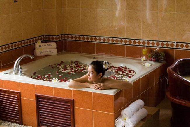 Dịch vụ tắm và chăm sóc sức khỏe