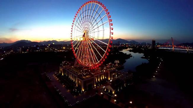 Sun Wheel điểm vui chơi giải trí Đà Nẵng về đêm