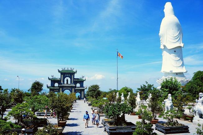 Phật Bà Quán Thế Âm mang cuộc sống ấm no cho ngư dân Sơn Trà