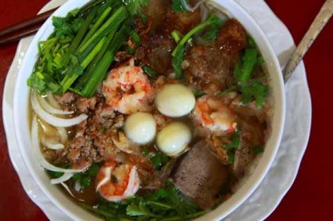 Hủ tiếu Nam Vang – một trong những món ăn ngon ở Đà Nẵng nhiều người yêu thích nhất