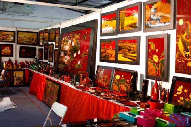 Những bức tranh sống động của Đà Nẵng sẽ làm cho ngôi nhà của bạn thêm phần lung linh hơn