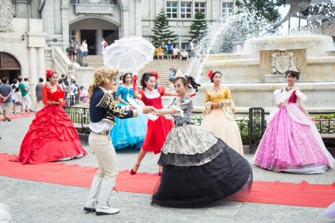 Lễ hội mùa hè Đà Nẵng 2015 đầy sắc màu
