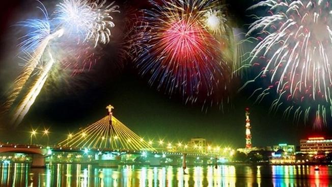 Bắn pháo hoa tại Đà Nẵng