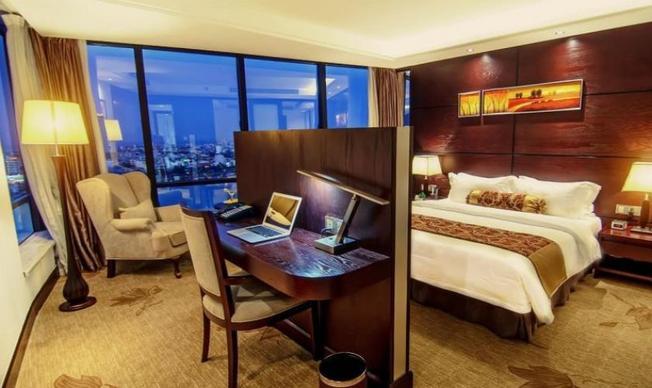Khách sạn trung tâm thích hợp du lịch khám phá