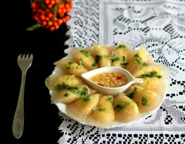 Bánh bột lọc nhân đậu xanh được nhiều vị khách yêu thích