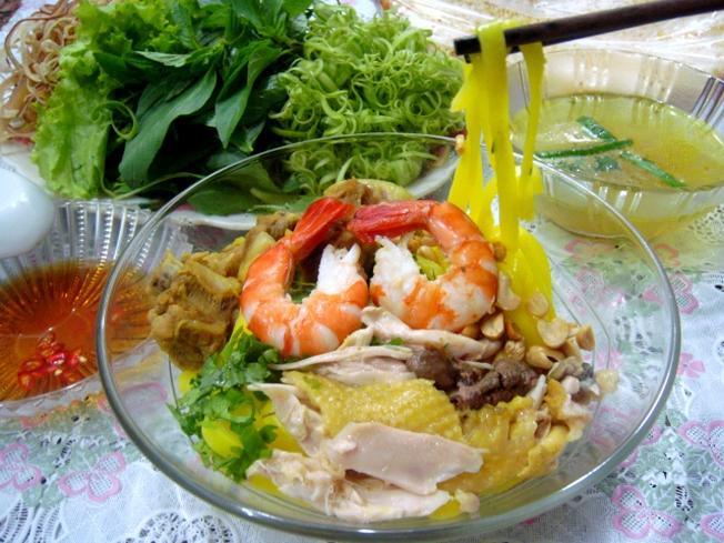 Mỳ Quảng thơm ngon góp phần tạo nên sức hút của ẩm thực Đà Nẵng