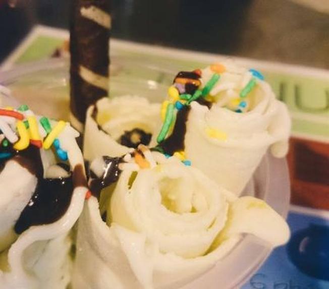 Những lọn kem cuộn nhỏ xinh hấp dẫn nhiều bạn trẻ