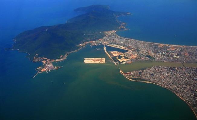 Toàn cảnh Cảng Tiên Sa nhìn từ trên cao