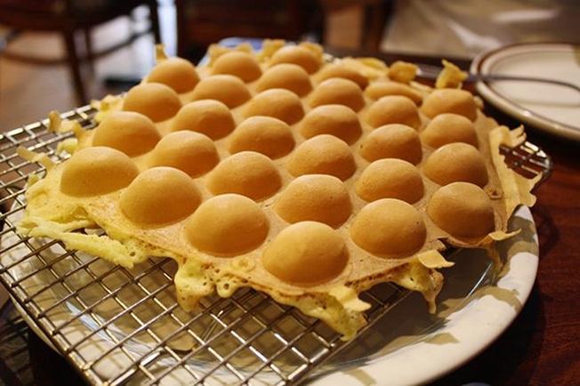 Bánh tổ ong có hình thức độc đáo và hương vị ngon tuyệt