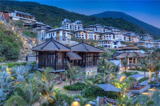 Kinh nghiệm tìm đặt khách sạn ven biển Đà Nẵng - Vntrip.vn