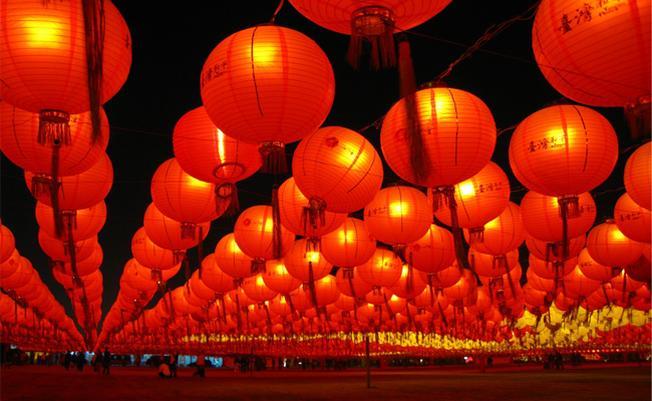 Đèn lồng đỏ biểu tượng truyền thống của Singapore
