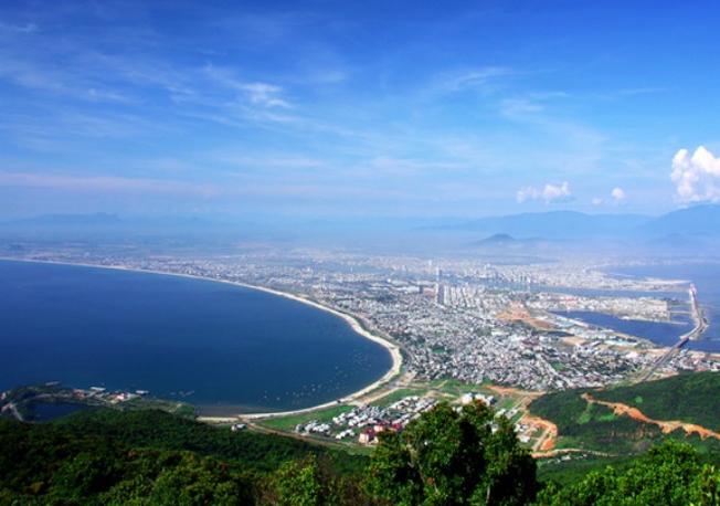 Toàn cảnh thành phố Đà Nẵng nhìn từ trên cao