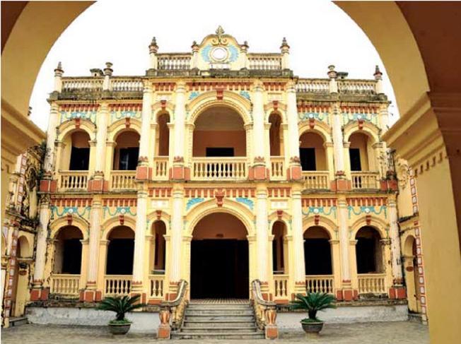 Trải qua hơn 100 năm tồn tại Dinh thự vẫn giữ được dáng vẻ uy nghiêm