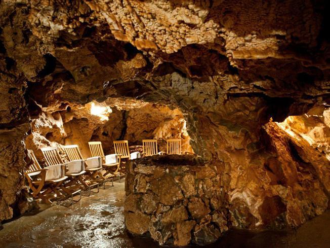 Khách sạn Grotta Giusti