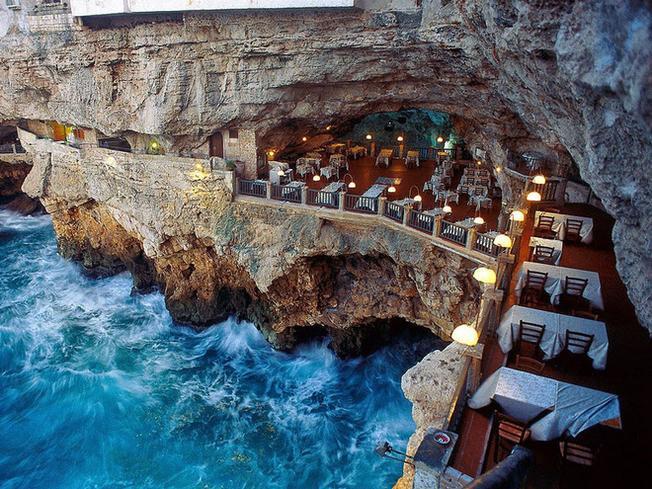 Nhà hàng kiêm khách sạn Grotta Palazzese