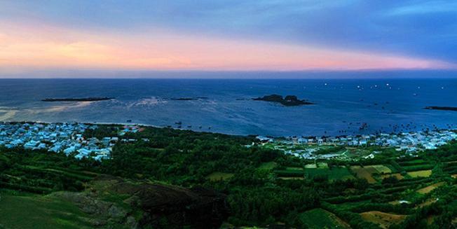 Một góc đảo Phú Quý