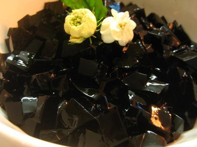 Thạch đen: Chè xoa xoa hạt lựu - chè đà nẵng