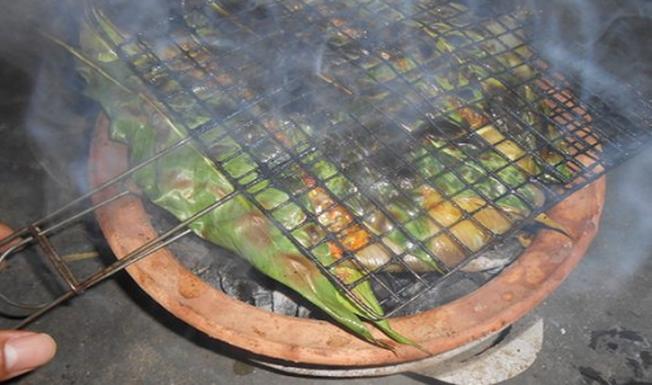 Cá đuối nướng nóng hổi, thơm ngon