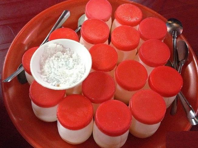 Yaourt muối đặc sản phố Bằng Lăng