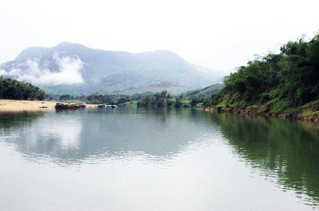 Thượng nguồn dòng sông Thu Bồn