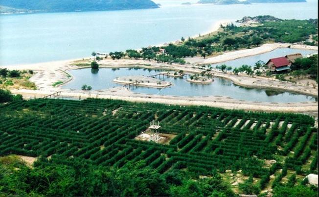 Toàn cảnh khu du lịch sinh thái Suối Hoa Lan