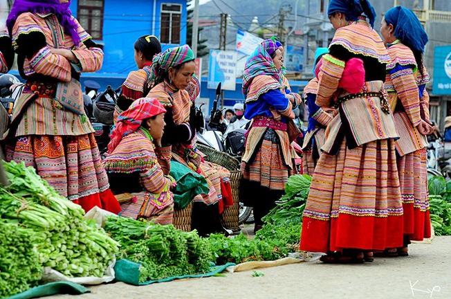 Đi du lịch Sa Pa nhớ ghé thăm chợ Cốc Ly