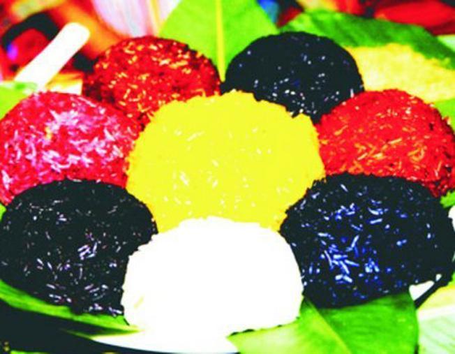 Du lịch Sa Pa đầy màu sắc qua xôi bảy màu