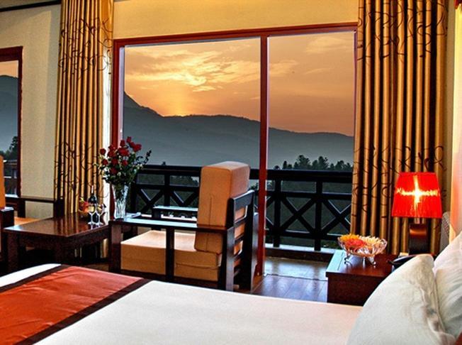 Ngắm nhìn điểm đến Sa Pa từ khách sạn Fansipan View