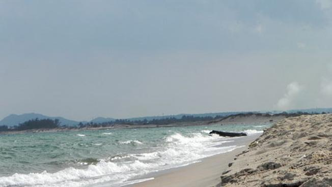 Bãi biển tuyệt đẹp tại Suối Ô mê đắm biết bao du khách