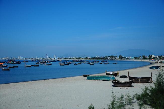 Biển Đà Nẵng lãng mạn, nên thơ