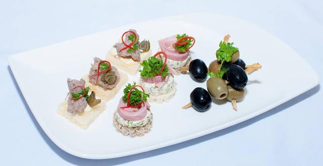 Những món ăn nhẹ dành tặng cho trung thu tại Sky36