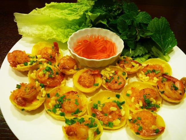 Bánh căn Đà Nẵng: Món ngon nức tiếng Đà Thành 05
