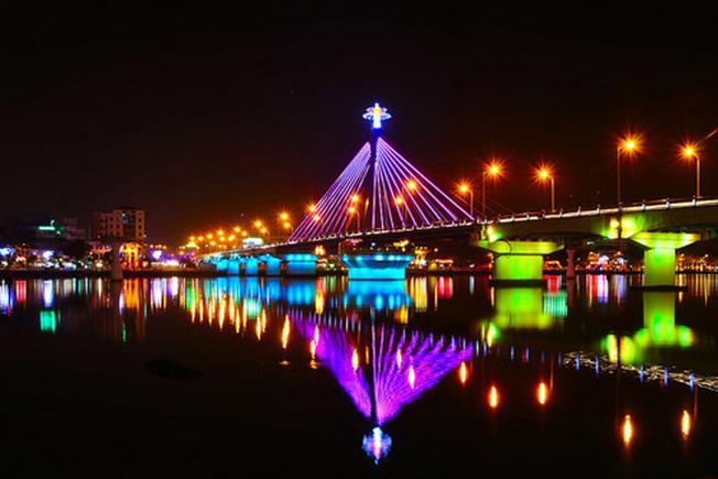 Cảnh đẹp sông Hàn ở Đà Nẵng 01