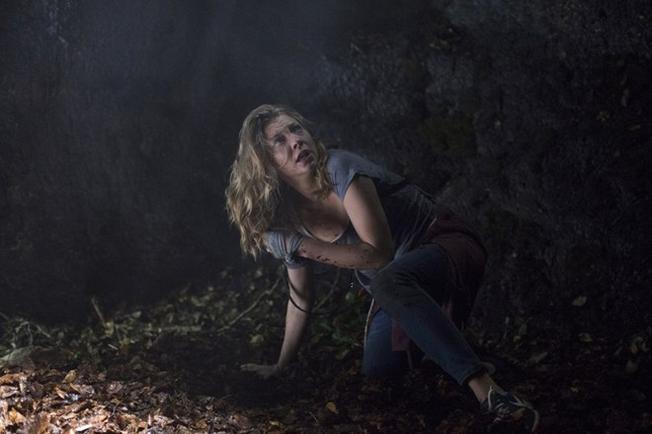 Khu rừng tự sát Phim kinh dị đầu tiên của năm 2016