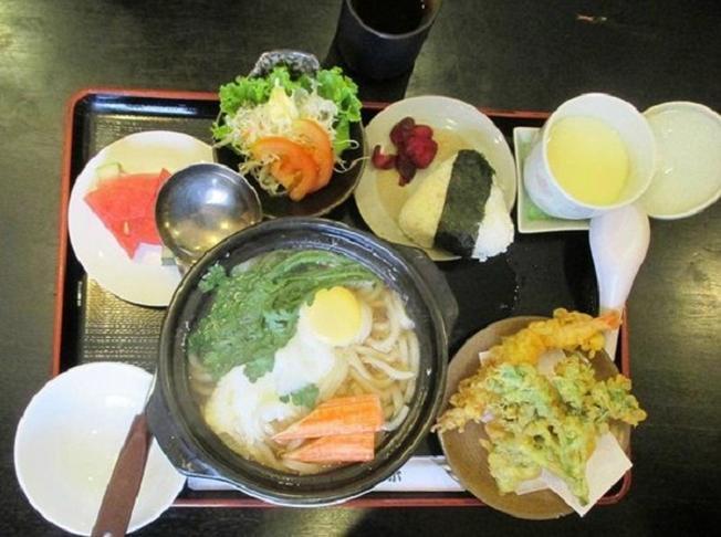 Món ăn Nhật tại nhà hàng Vi Biển