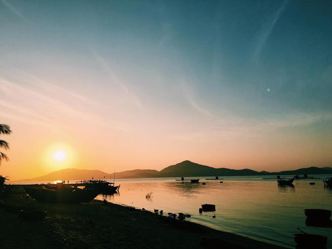 Sunset over Diep Son beach