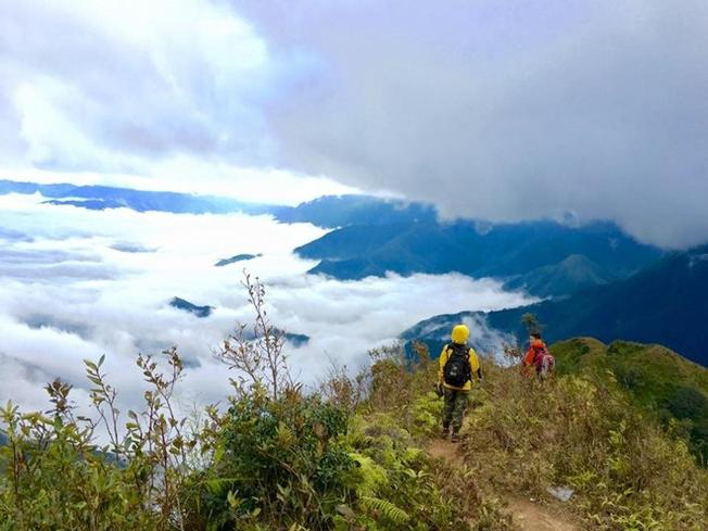 Đỉnh Tà Chì Nhù cao 2979 m