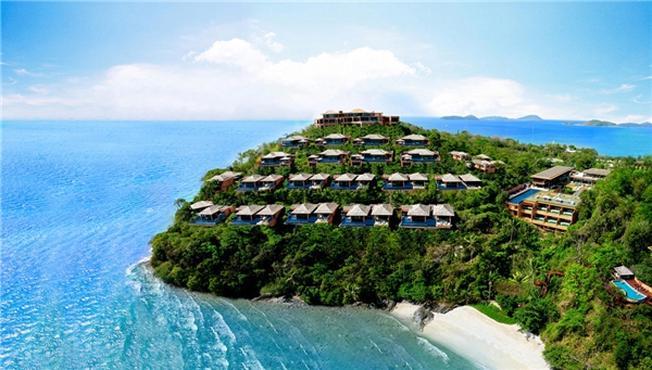Phuket như một hòn ngọc xanh khi nhìn từ trên cao