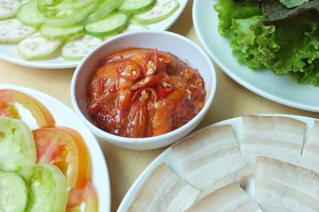 Đặc sản tôm chua