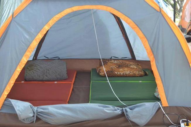 ngủ lều tại Coco beach Camp