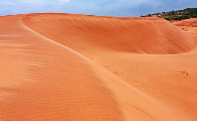 Đồi cát hồng