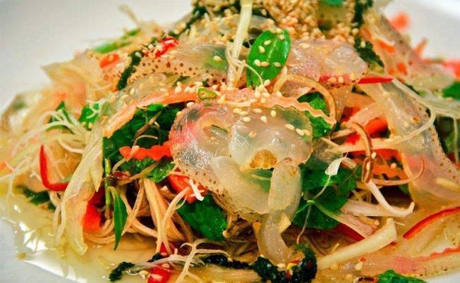 nộm sứa Hạ Long