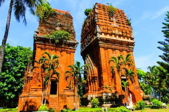 """20 địa điểm du lịch Bình Định nổi tiếng """"không thể bỏ qua"""""""